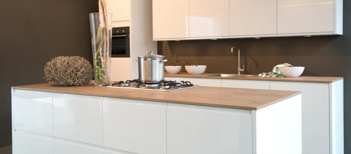 Grote Keuken Showroom : Bij Brandsen Keukens hebben we een grote diversiteit aan keukens.
